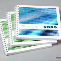 Katalogi reklamowe w oprawie spiralowanej. Okładki wydrukowane na kredzie matowej 350 g/m2.