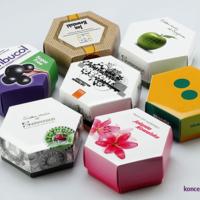 Zdjęcie prezentuje 7 różnych projektów firmowych pudełeczek HEXABOX.