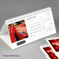 Podłużny kalendarz HORIZON zawiera duże miesięczne kalendarium.