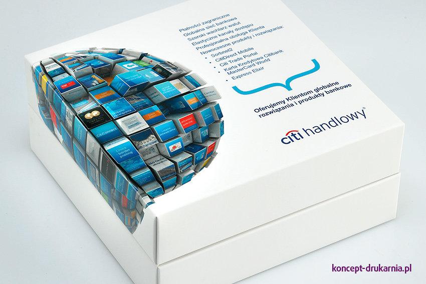 Pudełko BOMBONIERKA z firmowych zadrukiem, może pełnić również funkcję nośnika reklamy.