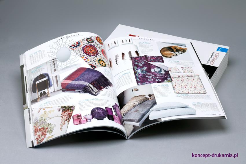 Środek katalogów wydrukowany na kredzie matowej 130 g/m2.