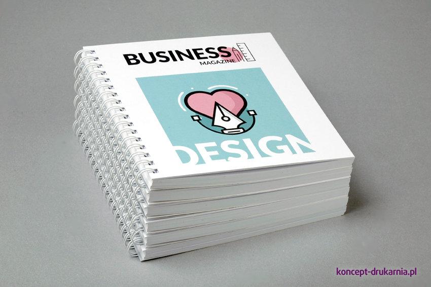 broszury spiralowane KWADRAT 15 x 15 cm