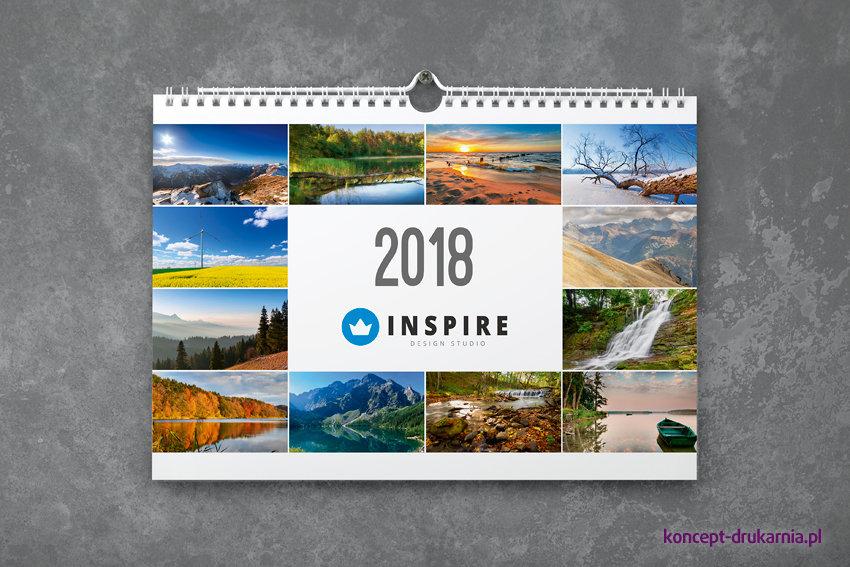 Strona otwierająca kalendarza może zawierać 12 miniatur pochodzących z kart poszczególnych miesięcy.
