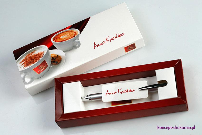 Personalizowane etui na długopis to gustowne opakowanie o indywidualnym charakterze.