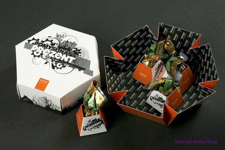 Model HEXABOX to ozdobne pudełko, doskonale nadające się jako opakowanie na drobne prezenty.